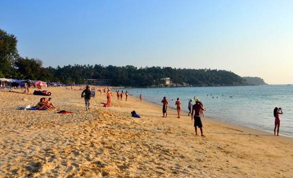 泰国普吉岛卡伦海滩