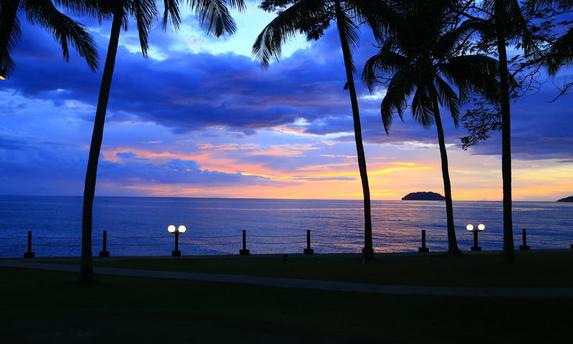 马来西亚丹绒亚路海滩