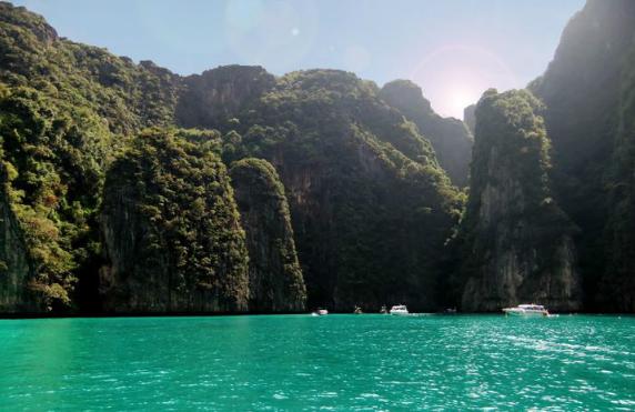 泰国霹雷湾