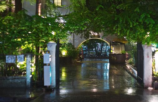 泰国罗莎比安餐厅