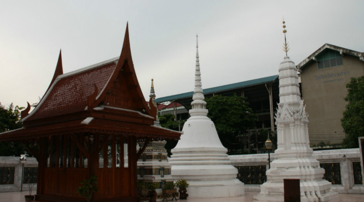 泰国印卓威汉寺
