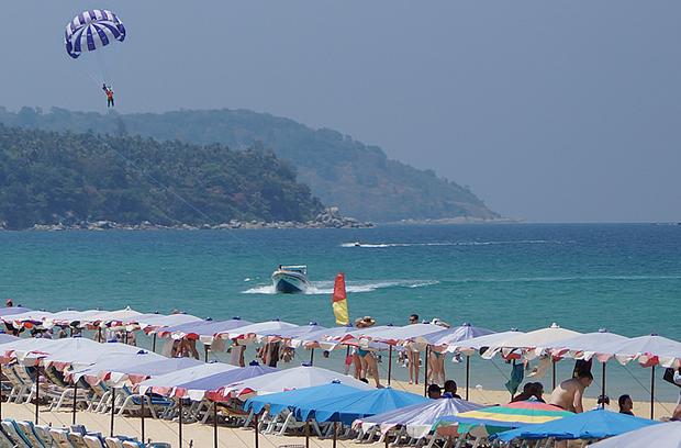 泰国卡伦海滩