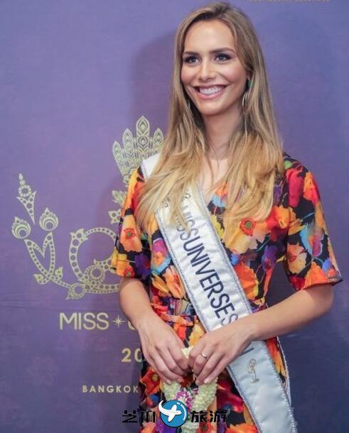 西班牙变性环球小姐抵达泰国参赛