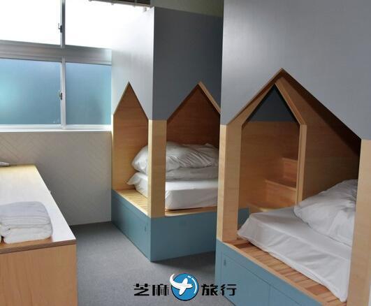 日本废校小学变身度假酒店 旧体育馆中还有攀岩设备